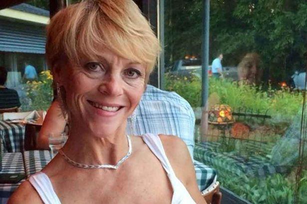 Christina Bond từng là cựu sĩ quan trong lực lượng Hải Quân Mỹ. Ảnh Mirror