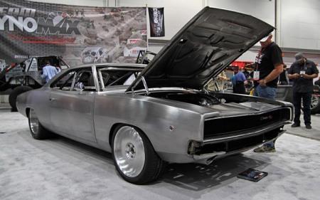 Trong Fast and Furious 7, đây là con xe được Dom độ lại từ chiếc Dodge Charger phiên bản năm 1968