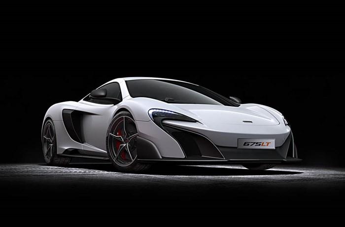Siêu xe McLaren mới 675 LT được ví như một 'tia chớp' với vận tốc cực đại lên đến 330 km/h