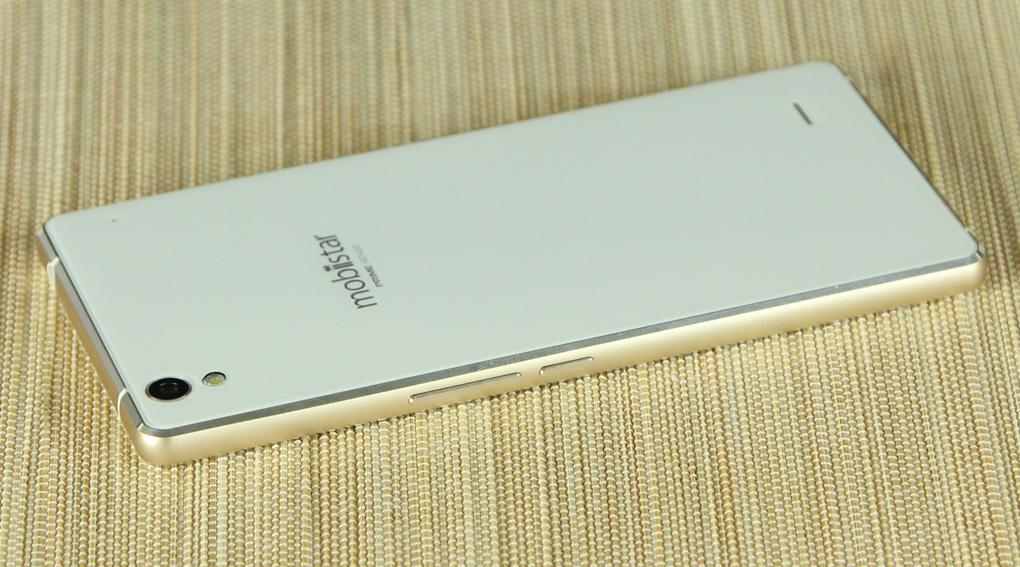 Mobiistar Prime Xense là smartphone giá rẻ nhưng lại mang vẻ đẹp bóng bẩy và sang trọng