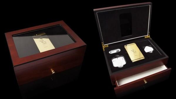 Chiếc smartphone hot nhất này sẽ được đặt trong hộp Luxury Cherry Oak Finish