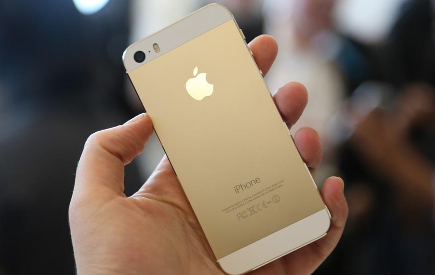 iPhone 5s là smartphone hot nhất khoảng năm 2013