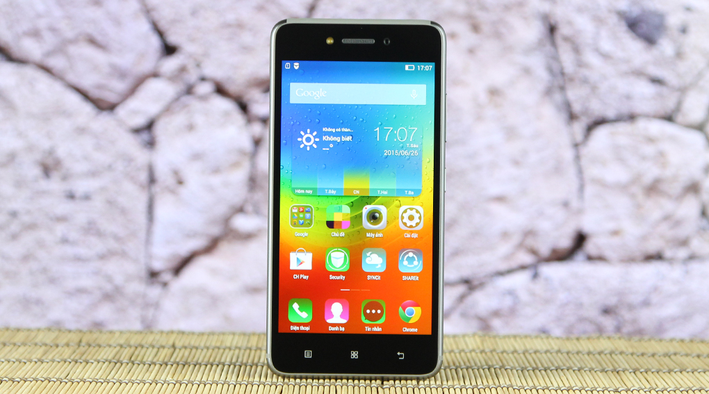 S90 là smartphone hot nhất tầm trung của Lenovo với các đường nét tương đồng với iPhone 6
