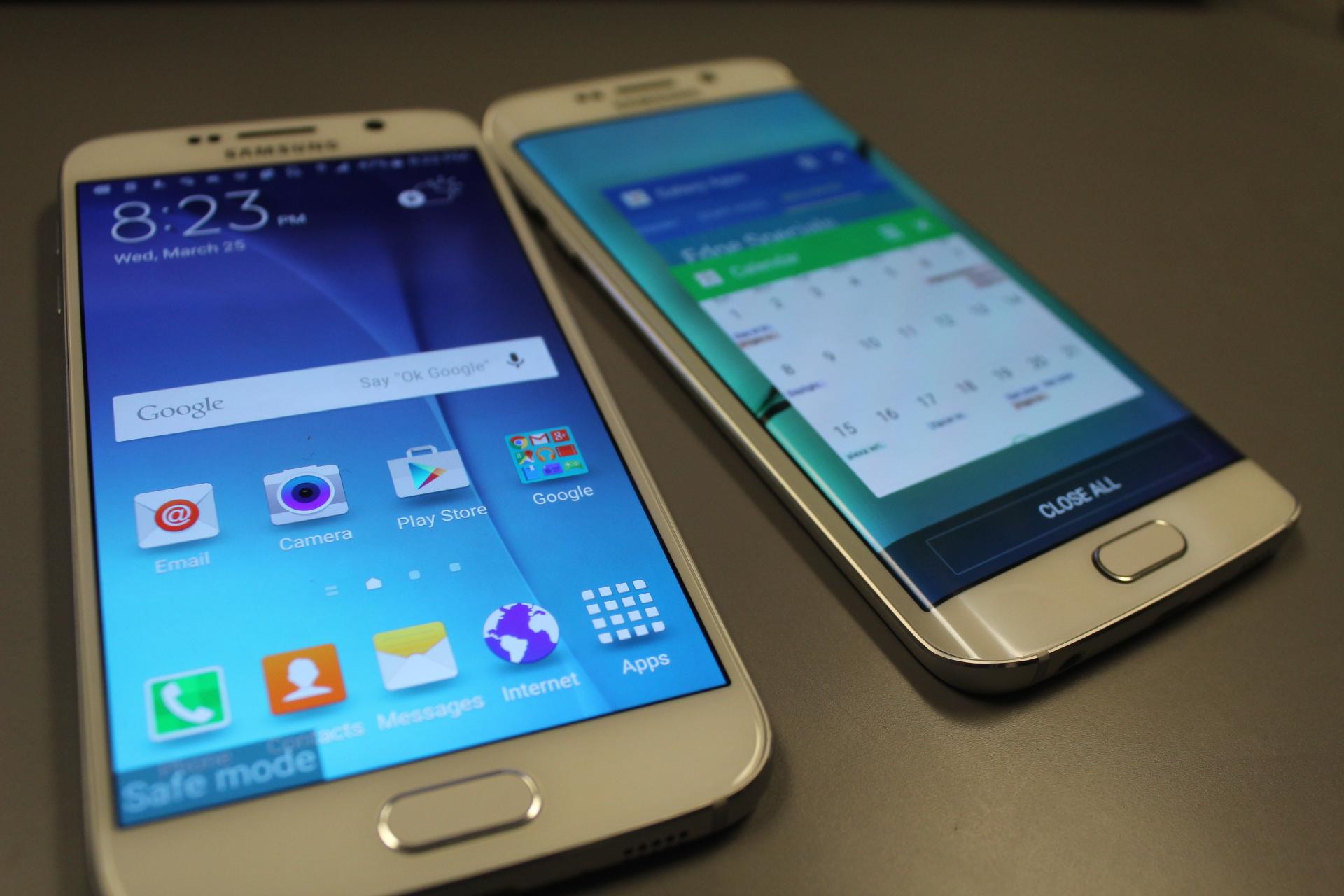 Smartphone hot nhất hiện nay của Samsung là Galaxy S6 và S6 Edge