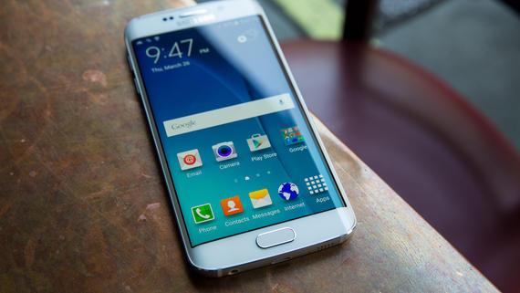 Mẫu smartphone hot nhất Galaxy S6 Edge sở hữu thiết kế màn hình cong sang trọng