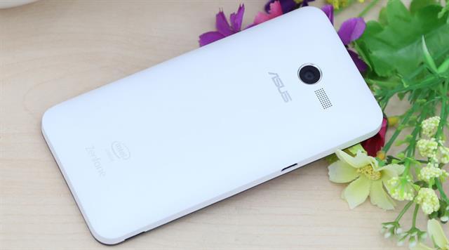 Zenfone 4 là smartphone giá rẻ thiết kế độc đáo thích hợp với phong cách của từng người sử dụng
