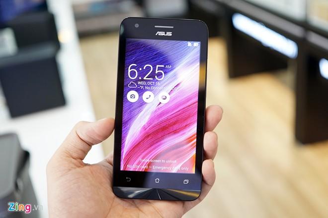 Zenfone C là smartphone giá rẻ có cấu hình phần cứng gần như tương đồng với Zenfone 4 A450, chỉ khác ở mỗi khoản camera chính và dung lượng pin