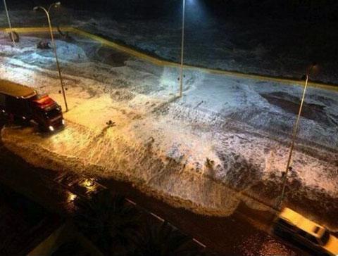 Một cơn sóng cao khoảng 80 cm được ghi nhận ở cảng Kuji, tỉnh Iwate, nơi từng xảy ra thảm họa sóng thần vào năm 2011, và cơn sóng cao 4 0cm được nhìn thấy tại Erimo, tỉnh Hokkaido, theo Cơ quan Khí tượng Nhật Bản. Ảnh Vietnamnet