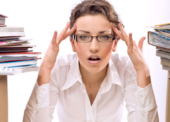 Một thói quen có hại cho sức khỏe nữa là thường xuyên căng thẳng, áp lực