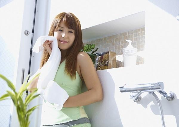 Thói quen sử dụng khăn mặt đa năng gây hại cho sức khỏe người tiêu dùng