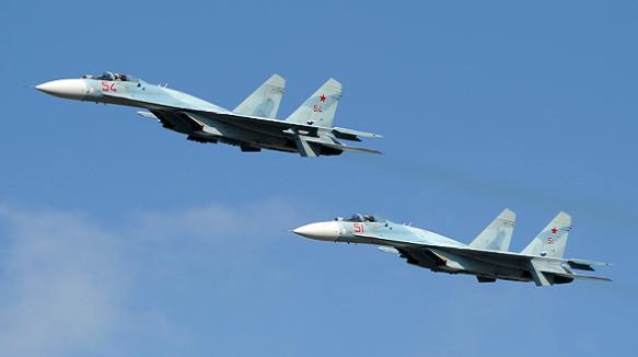 Su-27 có thể thực hiện hầu hết các nhiệm vụ chiến đấu từ không kích, tiêm kích, cường kích, làm kẻ thù kinh sợ