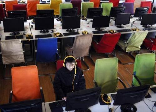 Trung Quốc ra tay kiểm soát chặt chẽ tài khoản online