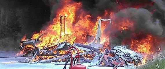 Trực thăng y tế bất ngờ gặp tai nạn ngay sau khi cất cánh. Ảnh Huffingtonpost