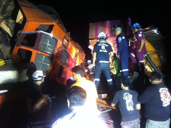 Vụ tai nạn đường sắt nghiêm trọng đã xảy ra tại Thái Lan vào hôm 26/3