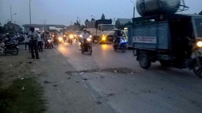 Hiện trường vụ tai nạn giao thông kinh hoàng khiến 2 nữ sinh tử vong tại chỗ trên địa bàn tỉnh Hà Nam