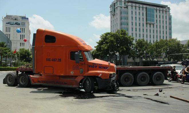 Anh Huynh đặt nghi vấn tài xế xe điên gây tai nạn giao thông kinh hoàng rất có thể đang trong cơn 'ngáo đá'