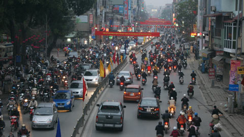 Mật độ giao thông đã giảm bớt ở các thành phố lớn dù số vụ tai nạn giao thông vẫn tăng