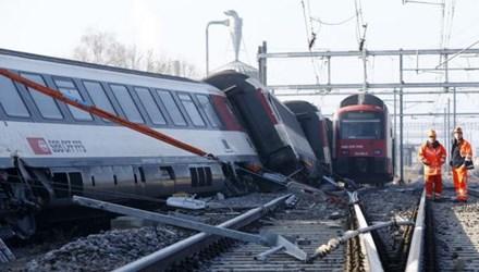 Con số thương vong trong vụ tai nạn tàu hỏa mới nhất này có thể tới 50 người