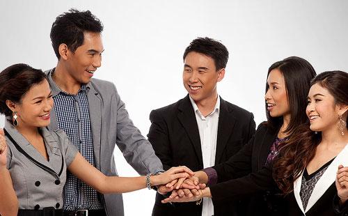 Việt Nam sẵn lòng tăng lương 2015 cho nhân sự giỏi để thu hút người tài