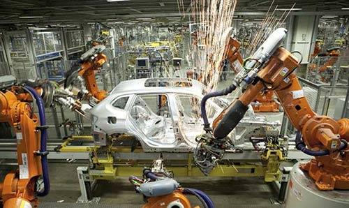 Với 60 cánh tay robot làm việc 24 giờ một ngày trên 10 dây chuyền sản xuất, năng suất chất lượng của Công ty Changying (Trung Quốc) đã tăng vọt