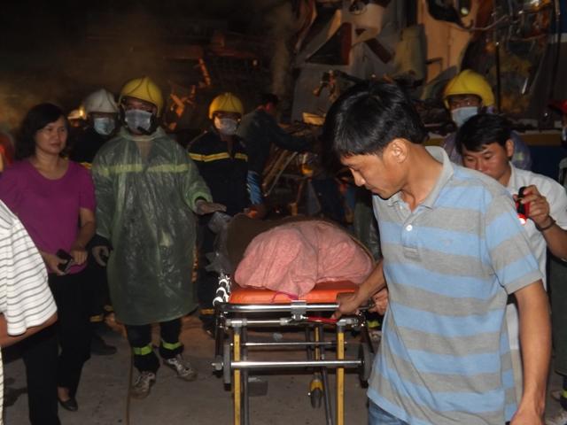 Vụ tai nạn tàu hỏa đâm xe tải ở Quảng Trị gây thiệt hại nặng nề về người và của