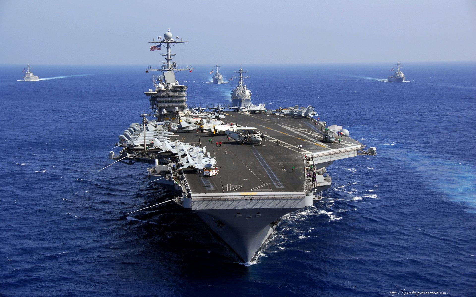 Ngày 19/1/2016, Hải quân Mỹ đang triển khai tàu sân bay USS John C Stennis tới khu vực Tây Thái Bình Dương