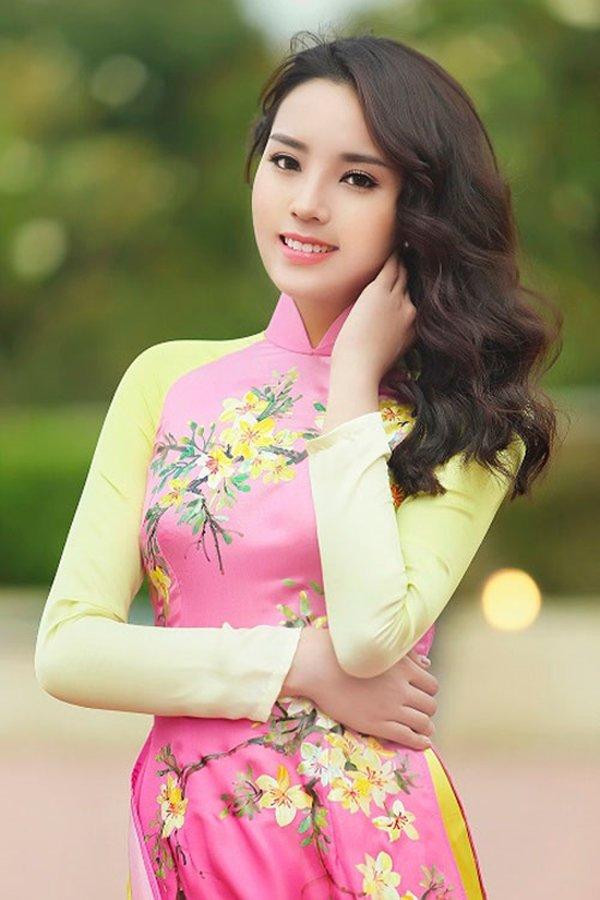 Bức ảnh này khiến nhiều người không nhận ra đây là Hoa hậu Việt Nam