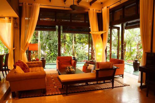 Hà Kiều Anh hiện là nữ doanh nhân, chủ đầu tư một số dự án bất động sản, khách sạn, nhà hàng tại thành phố Vũng Tàu.