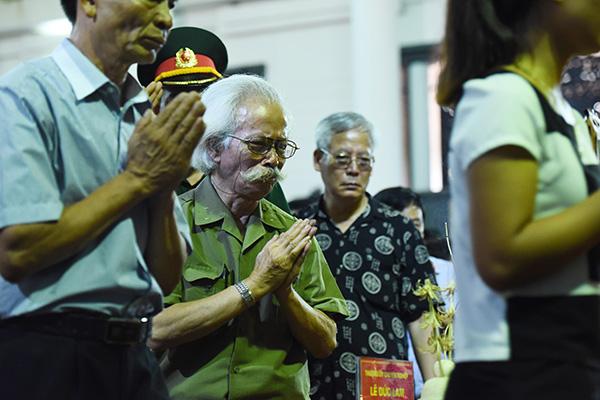 Trong điếu văn, Trung tướng Nguyễn Văn Thanh - Chính ủy Quân chủng Phòng không - Không quân, Trưởng ban lễ tang đã điểm lại tiểu sử, quá trình công tác của 9 liệt sĩ.