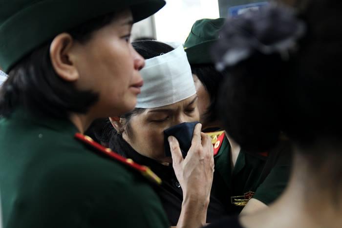 Đại tướng Phùng Quang Thanh, nguyên Bộ trưởng Quốc phòng viết: ''Tổ quốc và nhân dân Việt Nam mãi mãi ghi nhớ, tôn vinh, biết ơn các liệt sĩ đã hy sinh vì sự bình yên của đất nước.  Xin chia buồn sâu sắc với gia đình các liệt sĩ, với Quân chủng Phòng không - Không quân.