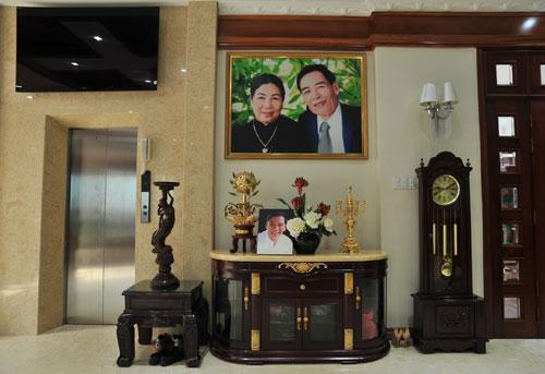 Nhiều người cảm thấy bất ngờ trước cuộc sống xa xỉ của Trang Nhun