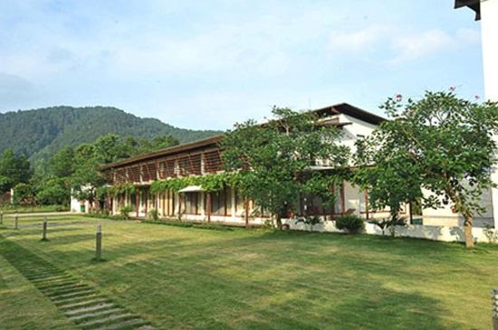 Biệt thự sân vườn triệu đô của Mỹ Linh với kiến trúc đắt đỏ bậc nhất