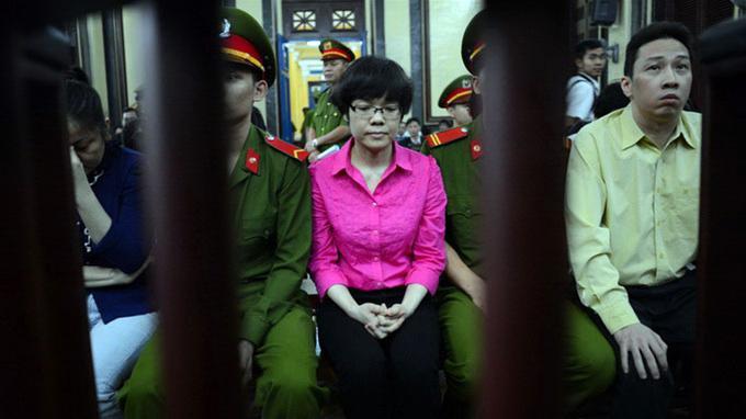 """""""Run tay"""" phê lệnh bắt Huyền Như vì đang mang thai"""