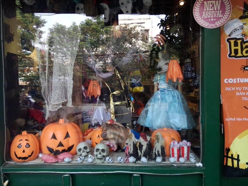 Thị trường Halloween: Trang phục kinh dị, ma quái lên ngôi
