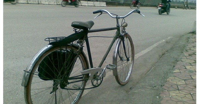 Xe đạp Thống Nhất từng là phương tiện đi lại phổ biến của người Việt. Ảnh: Bizlive