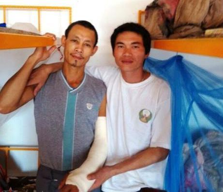 Hai công nhân Việt Nam tại Algeria là Đậu Hoàng Anh và Đào Ngọc Cường bị chủ sử dụng lao động Trung Quốc hành hung hôm 16/9