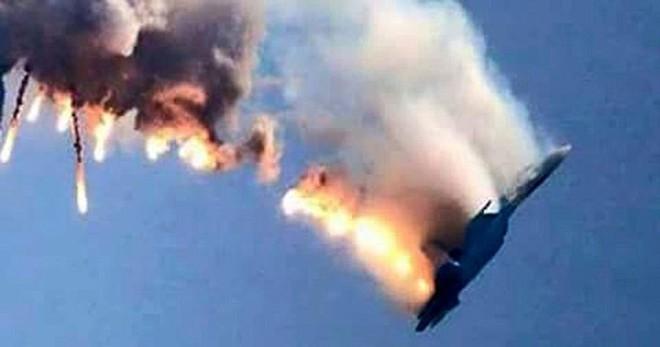 Máy bay Nga bốc cháy do trúng tên lửa