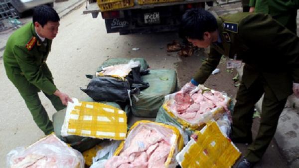 Lô hàng thực phẩm bẩn đã bị cơ quan chức năng tịch thu. Ảnh minh họa