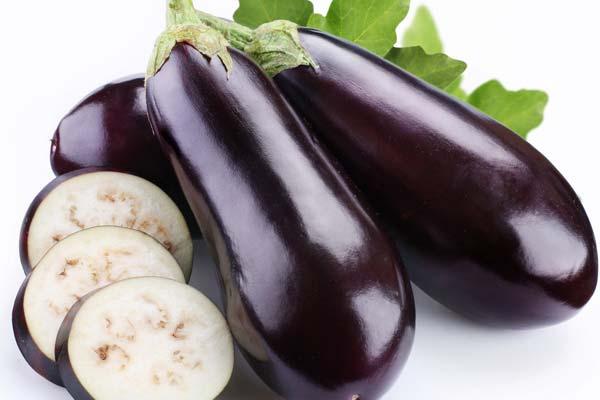 Cà tím không chỉ là loại quả cung cấp nhiều chất xơ, vitamin và dinh dưỡng cao