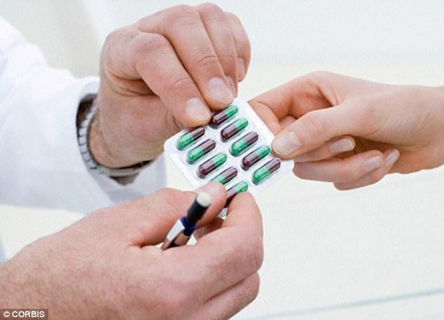 Thuốc cảm cúm có thể gây ra các vấn đề về thần kinh ở người già