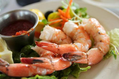 những thực phẩm gây mụn trứng cá cần tránh xa