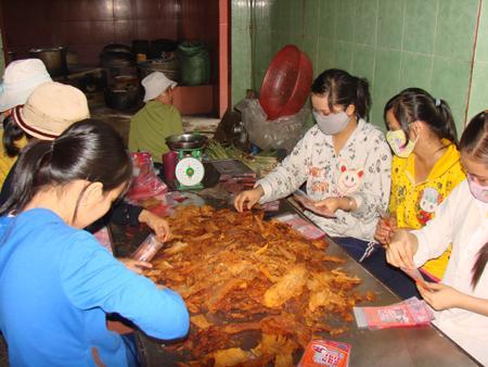 Thực phẩm khô nhiễm độc do được tẩm ướp hóa chất