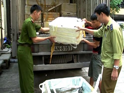 Thực phẩm nhập lậu ẩn chứa nhiều hóa chất độc hại