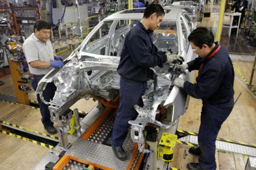 Các nhà sản xuất ô tô như Toyota Việt Nam đang hy vọng và trông chờ vào những chính sách cụ thể