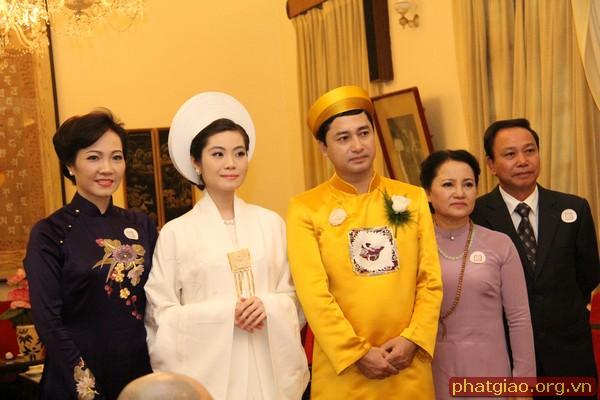 Ngày 13/10/2014, tại chùa Quán Sứ (Hà Nội) đã diễn ra lễ Hằng thuận của Trần Thị Quỳnh Ngọc và chú rể Nguyễn Đức Thiện – pháp danh Minh Tâm.