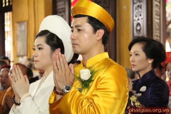 Được biết,  chồng của ái nữ tập đoàn Nam Cường là con trai của một cựu cán bộ ngành giao thông vận tải.