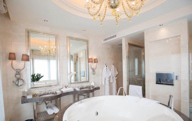 Thiết kế nhà tắm sang trọng, hiện đại