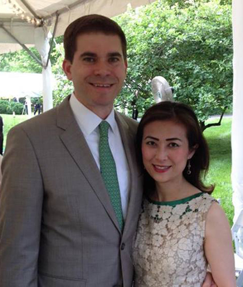 Trong một cuộc phỏng vấn với đài RFA hồi tháng 3, bà Phú cho hay bà rất may mắn khi được làm công việc ở Nhà Trắng liên quan tới những quốc gia mà bà quan tâm. Bà từng trở về Việt Nam vào năm ngoái để cùng các đồng nghiệp ở Hà Nội chuẩn bị cho chuyến thăm của Tổng Bí thư Nguyễn Phú Trọng đến Mỹ.