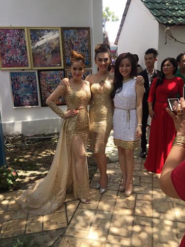 Bộ ba người đẹp trong đám cưới MC Thanh Bạch