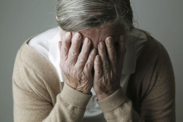 Nguy cơ mắc Alzheimer cao là một trong những tác hại của thuốc an thần
